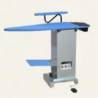 Гладильный стол со встроенным парогенератором LELIT PKSB 500